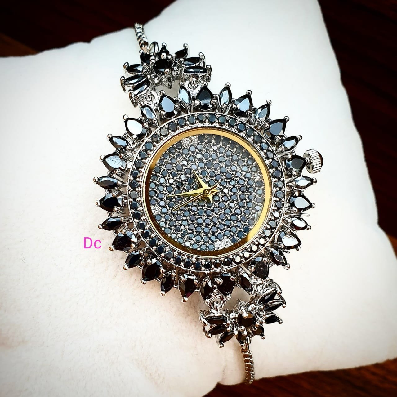 MRS.BLACKLY DIAMOND CIRCLE ANALOGY Watch - For Girls