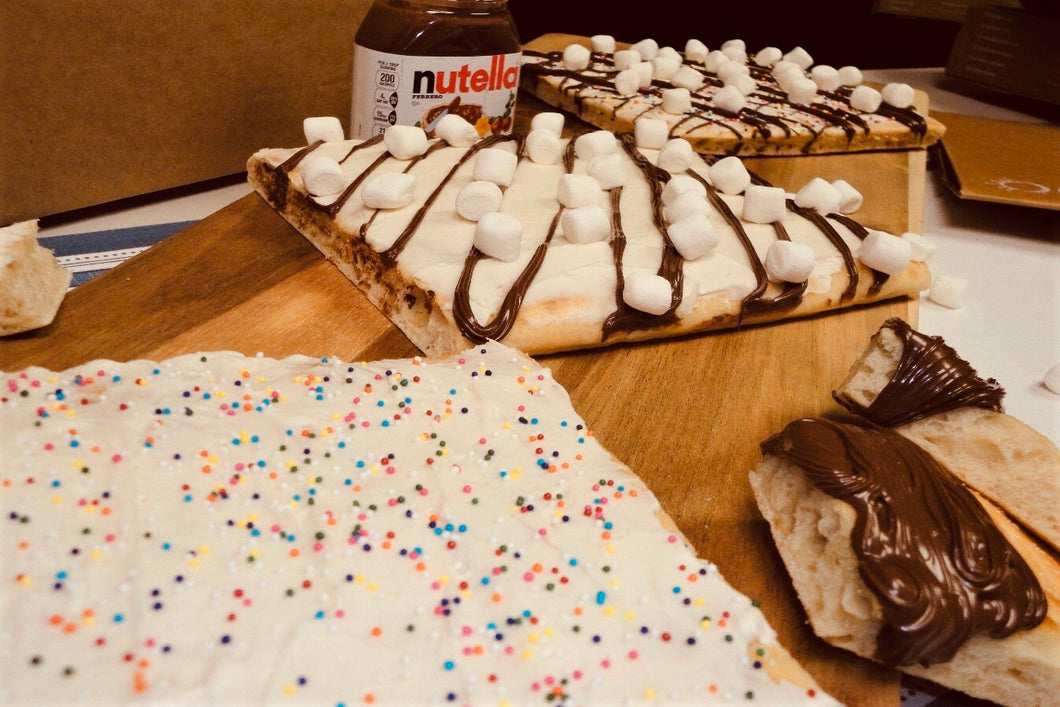 The Sweet Recipe Box: Così Bake at Home Original Flatbread (3 loaves), Organic Olive Oil (3 Pouches), Kosher Salt (2 oz), Sprinkles, Marshmallows, Nutella, Frosting - Così Home Delivery