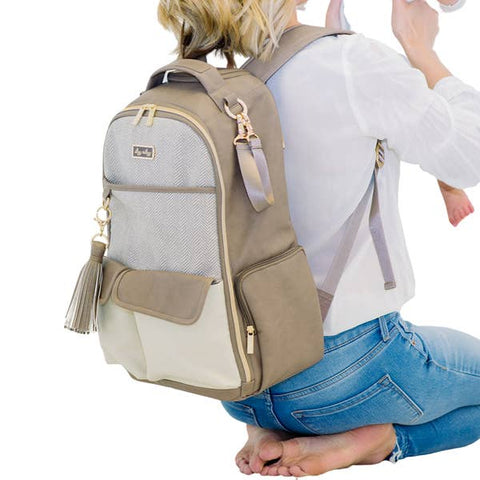 Image of Itzy Ritzy Vanilla Late Boss Diaper Bag