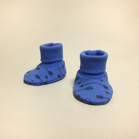 Itty Bitty Baby NICU Booties Arrow