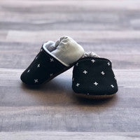 Trendy Baby Black And White Swiss Cross Moccasins