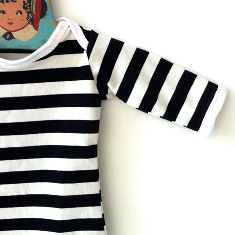 graphic striped onesie - black and white