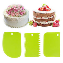 Load image into Gallery viewer, 3 PcsHigh Quality Colorful Plastic Multifunctional Irregular Teeth Edge DIY Cream Scraper Set Cake Mold Cut Surface Knife Tools Kitchen Baking Supplies