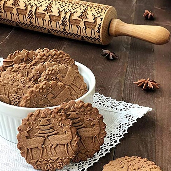 Wooden Rolling Pin with 3D Patterns, Engraved Embossing Rolling Pin with Christmas/Valentines Element for Baking Embossed Cookies Pies Kitchen Tool