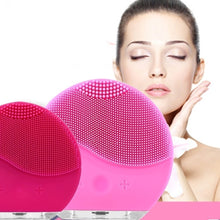 Load image into Gallery viewer, Facial Cleanser Usb Charging Silicone Facemeter Pore Cleaner Facial Brush Facial Massager and Sonic Cleansing for All Skin Types