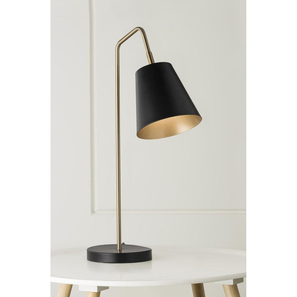 SOMA TABLE LAMP