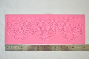 Traditional Border Silicone Lace Mat