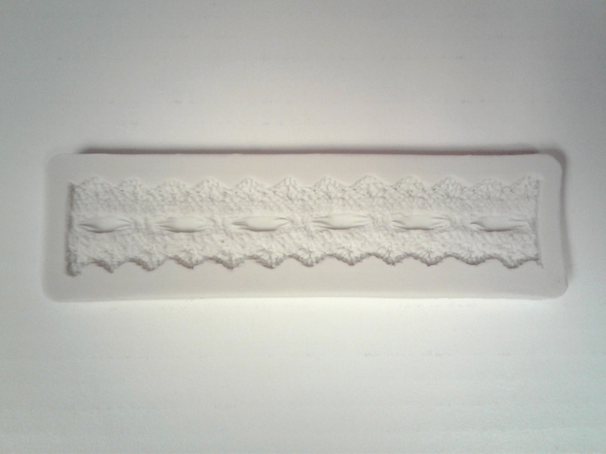Lace and Ribbon Border Silicone Mold