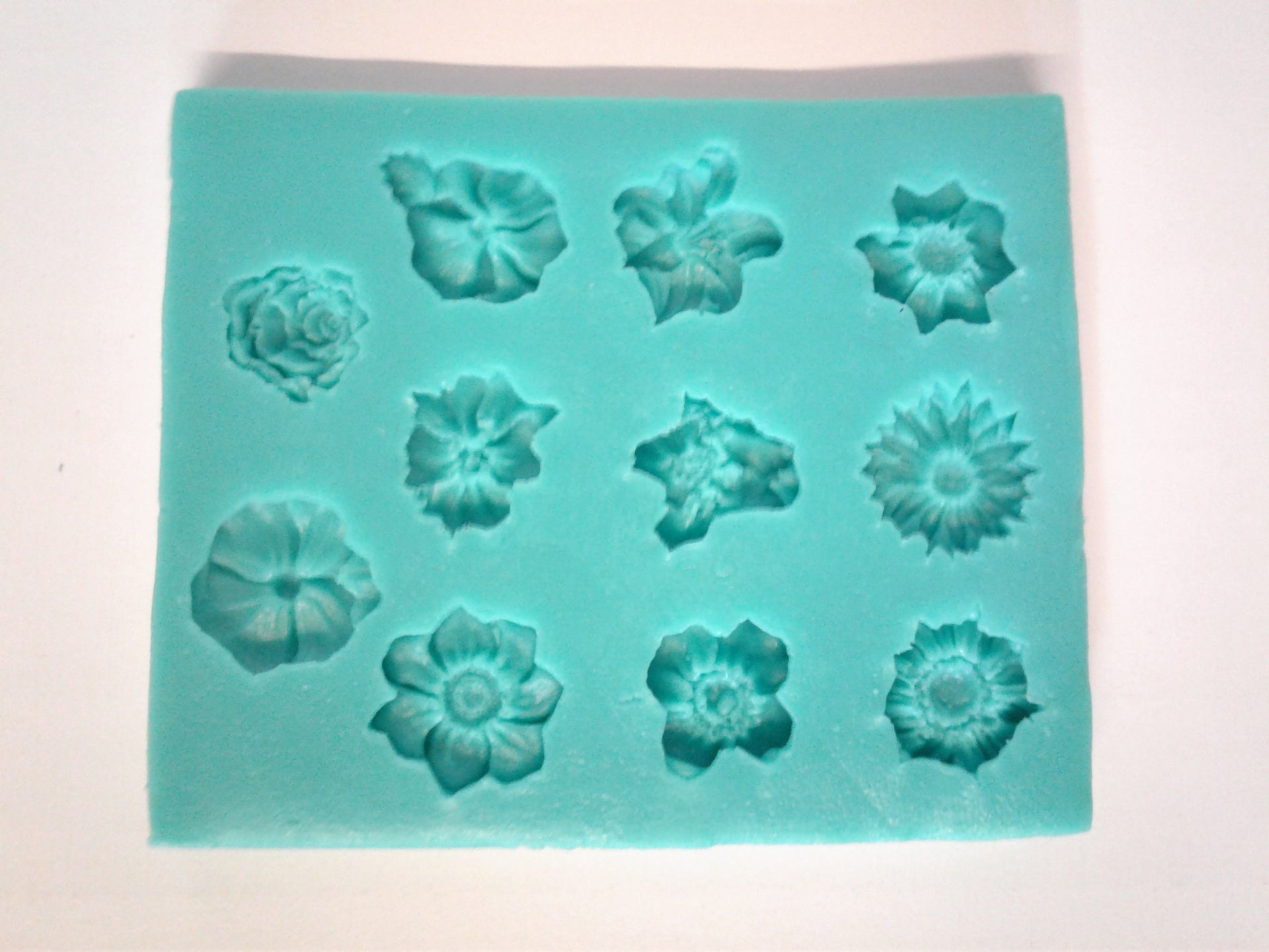Flowers Mix 11 Cavity Silicone Mold