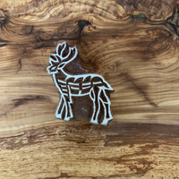 hand-carved-wooden-stamps-reindeer