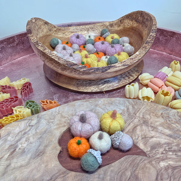 felted pumpkins and acorns