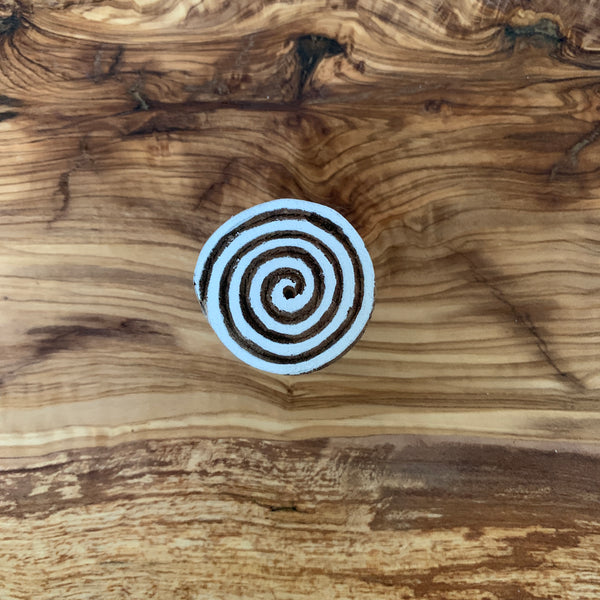hand-carved-wooden-stamps-small-spiral