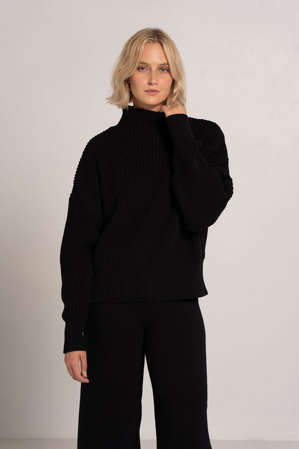 JORN FISHERMAN KNIT JUMPER BLACK - ST.AGNI