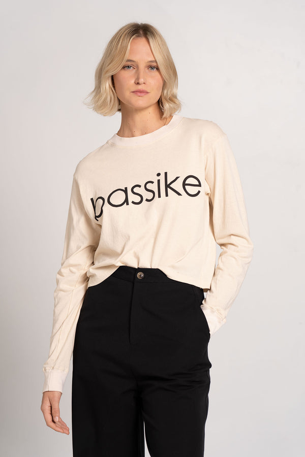 BOXY CROPPED BASSIKE LONG SLEEVE T.SHIRT NUTMEG - BASSIKE