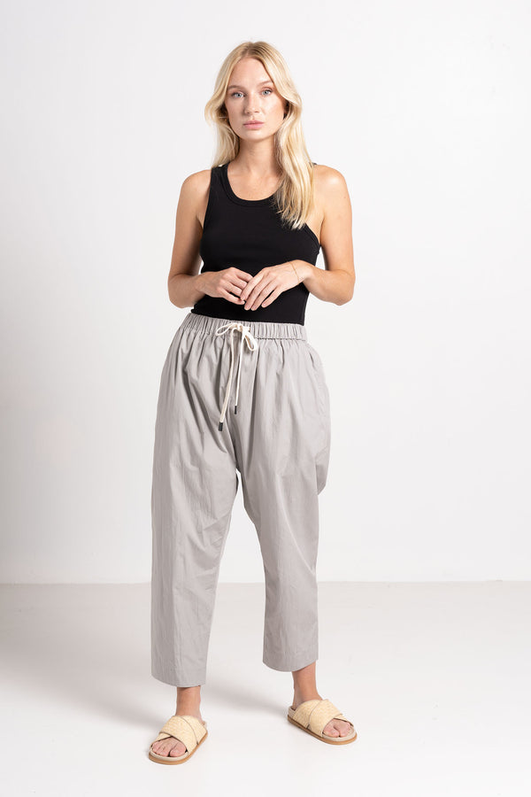COTTON POPLIN LONG RISE PANT LIGHT GREY - BASSIKE