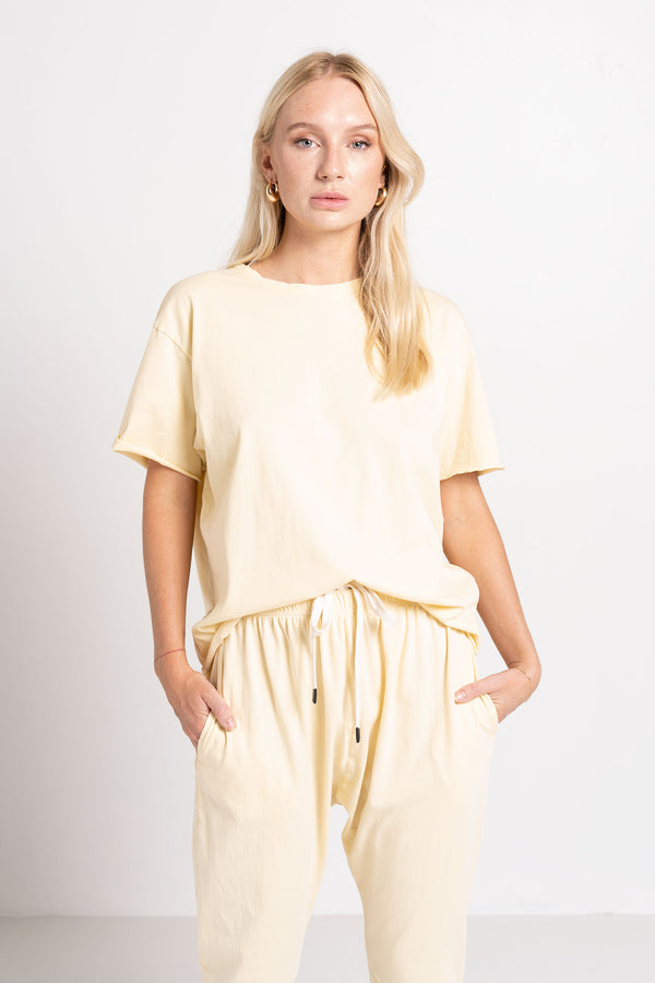 MIDWEIGHT ATHLETIC S/S T.SHIRT YELLOW - BASSIKE