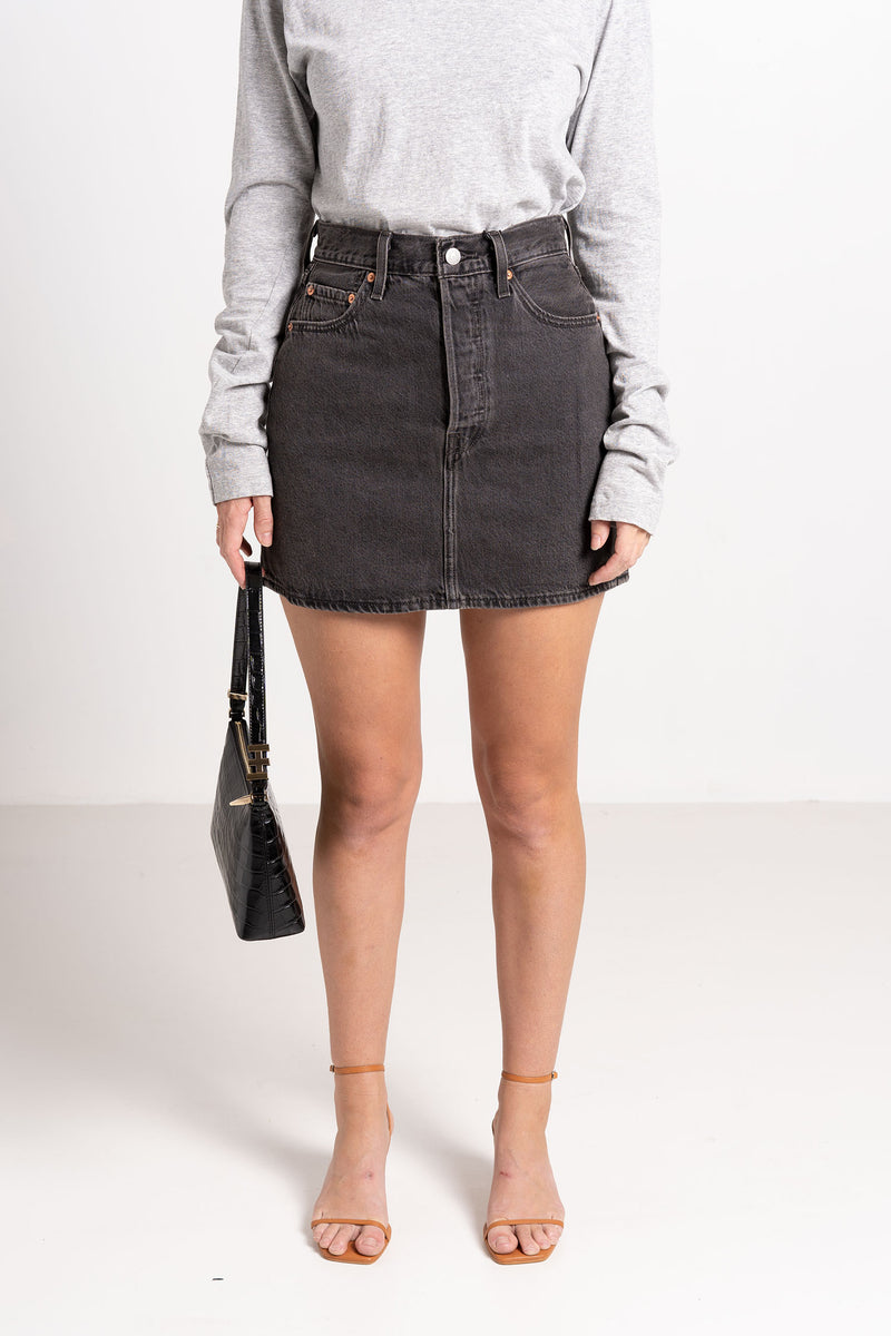 RIBCAGE SKIRT WASHED NOIR - LEVIS