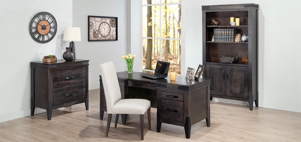Chattanooga 32x72 Executive Desk