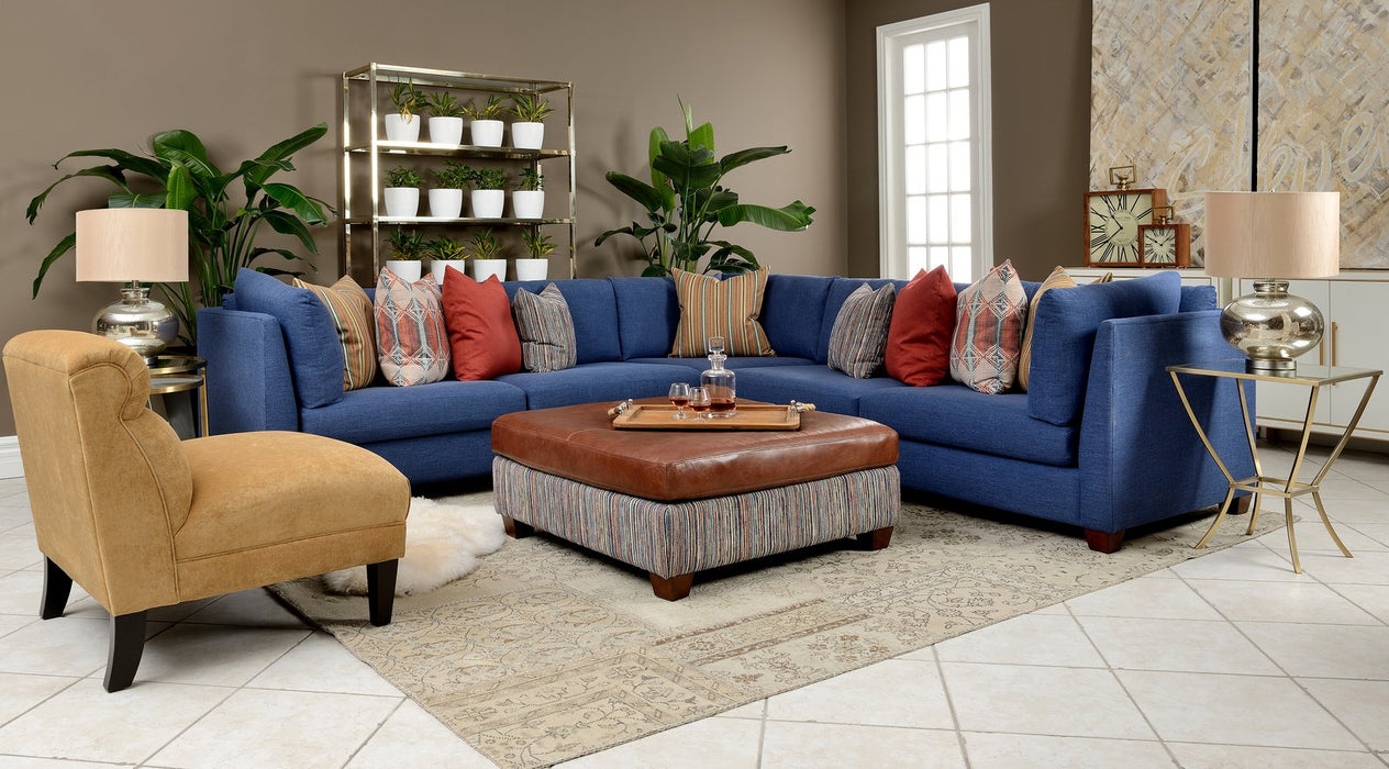 7875 Sectional - Customizable