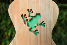 Load image into Gallery viewer, Green Frog ukulele planter