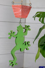 Load image into Gallery viewer, Frog hanging planter