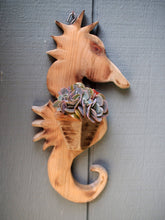 Load image into Gallery viewer, Seahorse Wall Planter