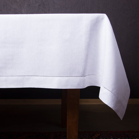 Heirloom Estate<br>Tablecloth - White Linen