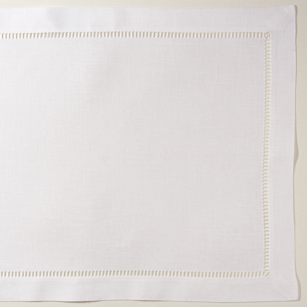 Pure<br>Placemat - White Linen