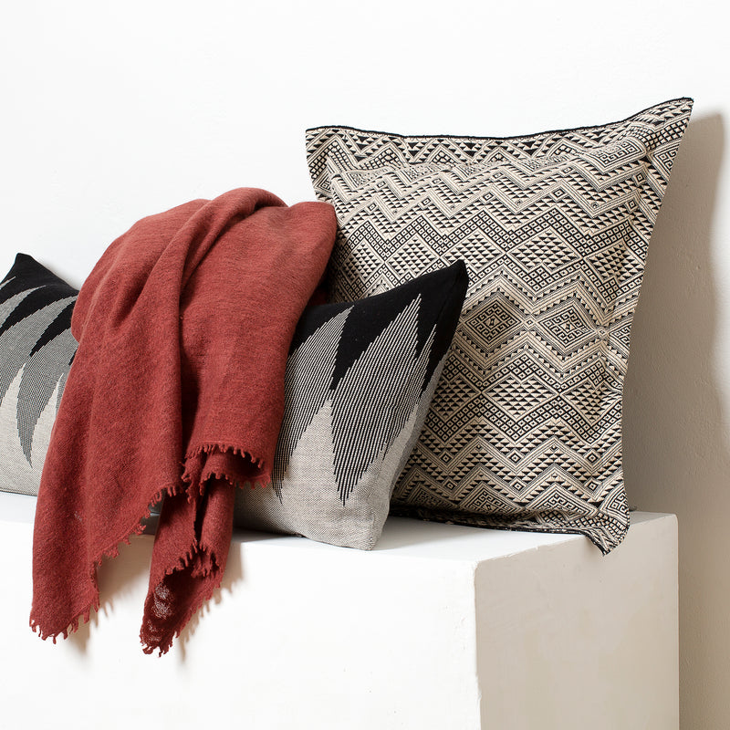 Naga, Pech Cushions and Cashmere Throw Set