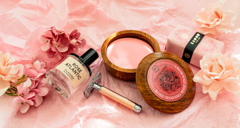 Rose-Themed Valentine's Day Gift Lifestyle Shot