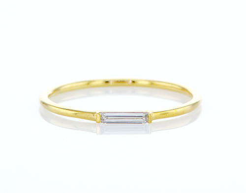 Minimalist Diamond Ring - Baguette Solitaire Ring
