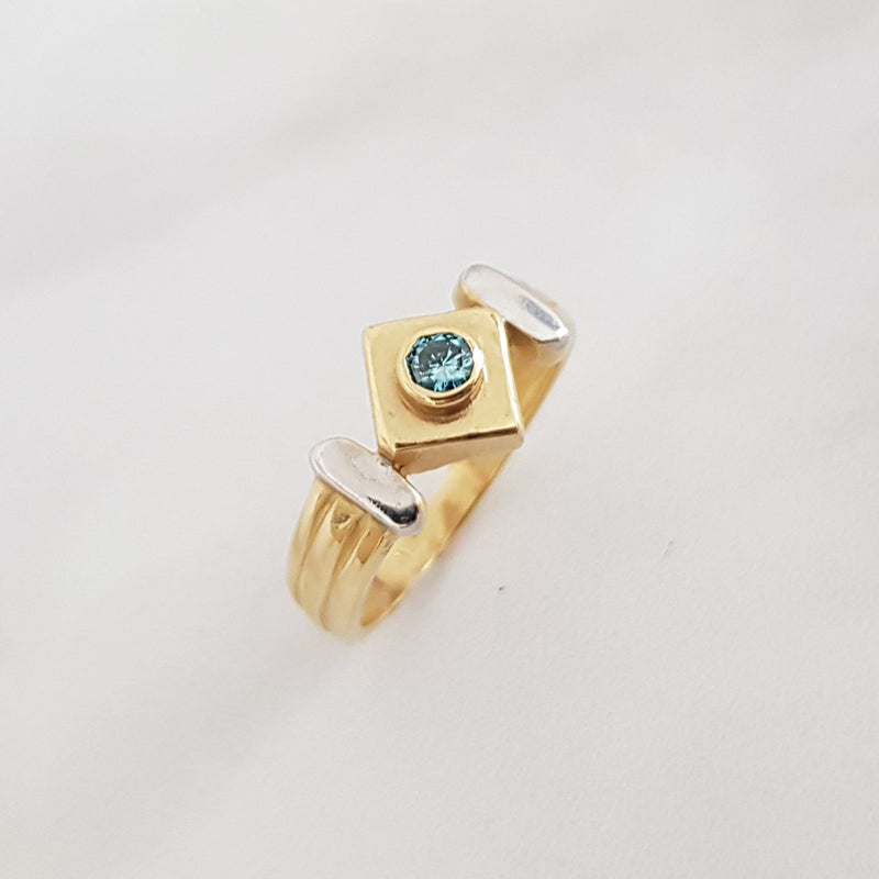 Sky Blue Diamond Vintage Ring