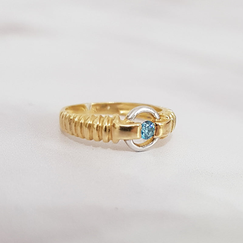 Vintage Sky Blue Diamond Gold Ring
