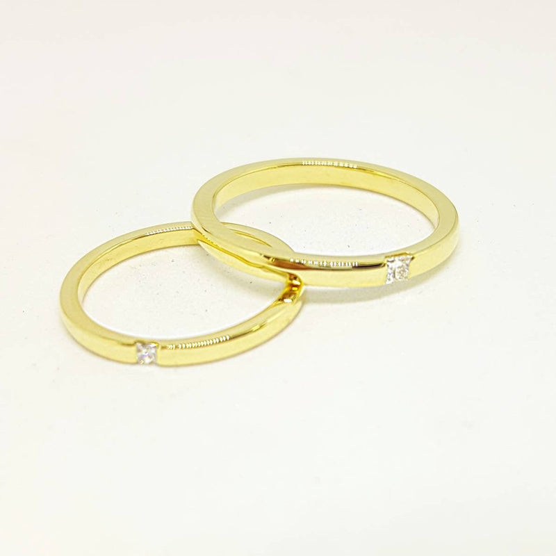 Classic He and She Wedding Set - Yellow Gold Wedding Band