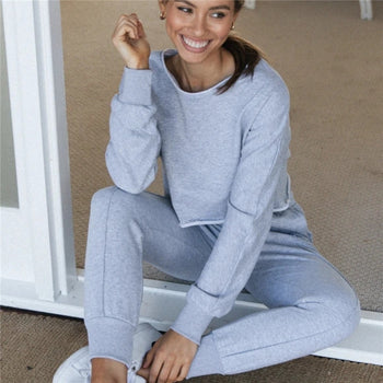Woman Long Sleeve Hoodie And Plain Sweat Pants Two-pieces Set