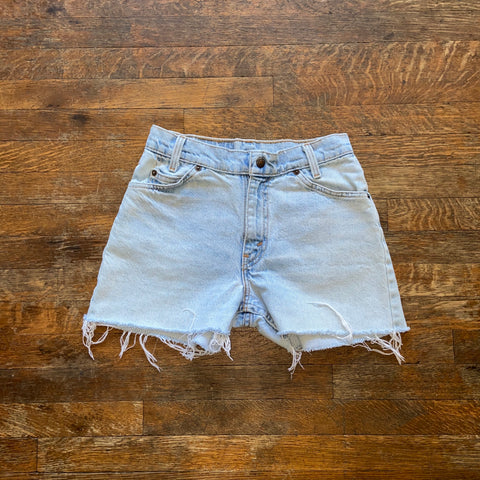 "Lightwash Vintage 550 Cutoff Shorts ""23 ""24"