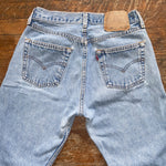 "Lightwash Vintage Levi's 501 Jeans ""26 ""27"
