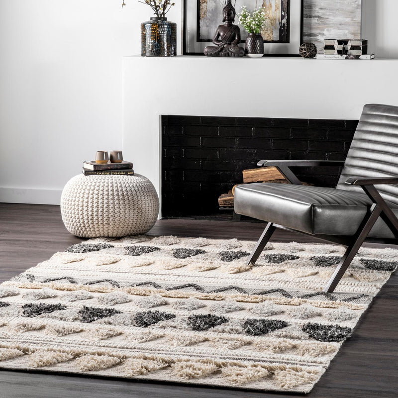 Hand Woven Tribal Mildred Area Rug
