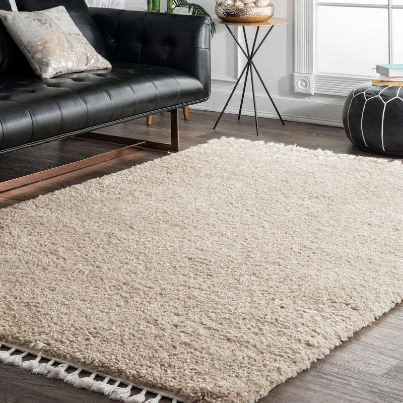 Casual Plush Shag Neva Area Rug