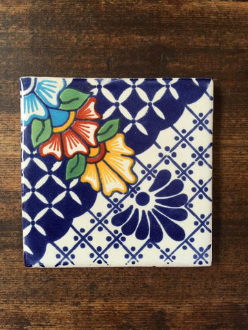 Blue and white Mexican wall tile 10cm x 10cm