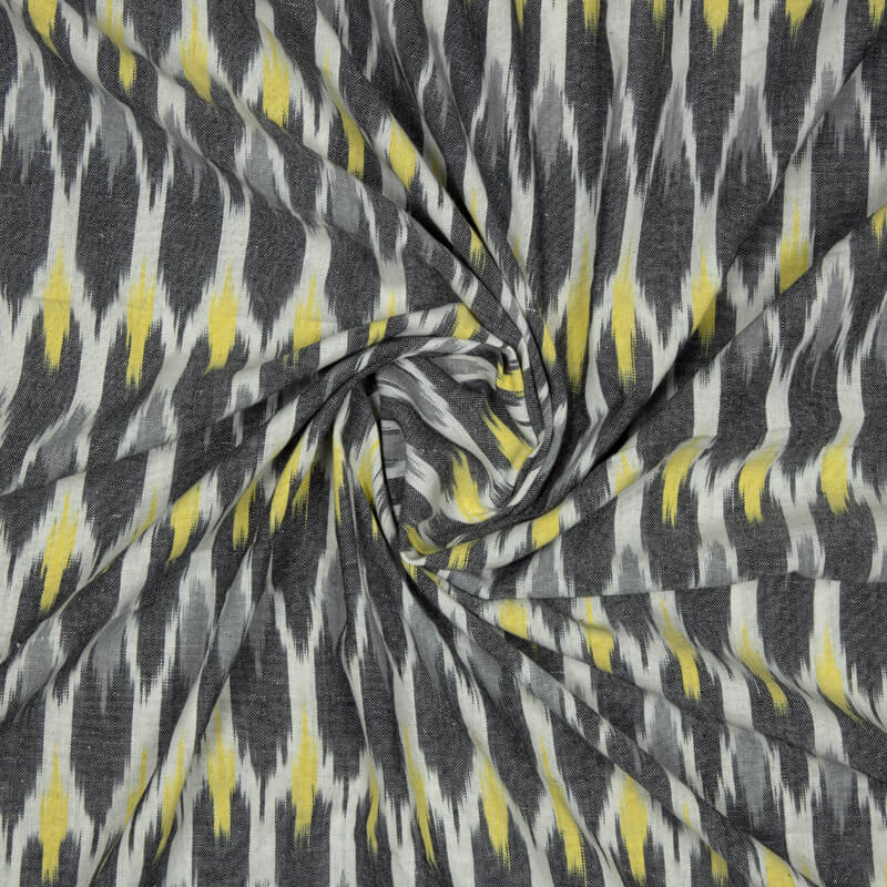 White And Black Trellies Pattern Woven Pre-Washed Cotton Ikat Fabric