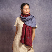 Load image into Gallery viewer, Kantha Reversible Stole