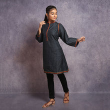 Load image into Gallery viewer, Kantha Embroidered Kurti