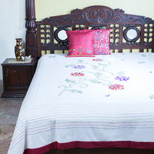 Load image into Gallery viewer, Kantha Bedcover