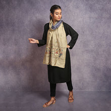 Load image into Gallery viewer, Kantha Reversible Dupatta