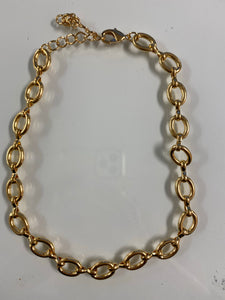 Hilly Gold Necklace.