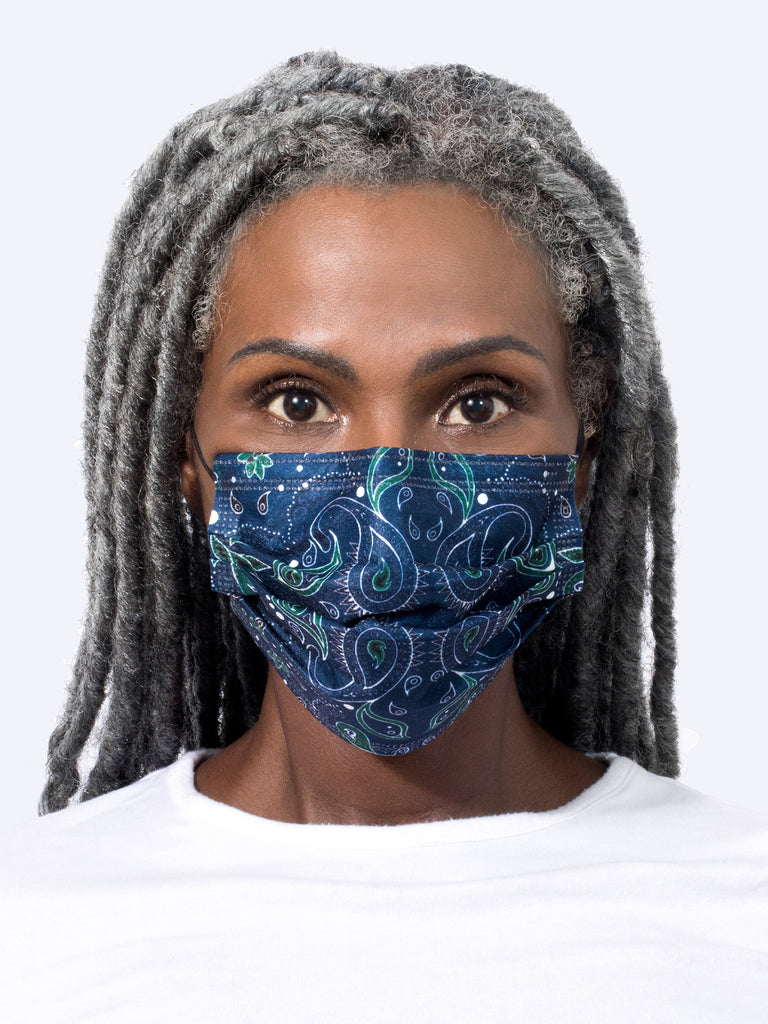 barrière navy bandana medical mask on model's face