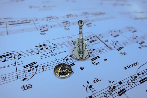 Acoustic Guitar Lapel Pin