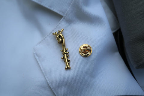 Aorta Gold Lapel Pin