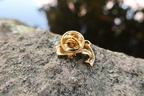 Bass Gold Lapel Pin